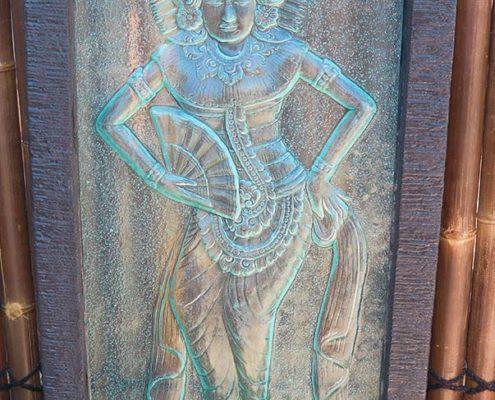 Balinese-Lady-Glass-Wall-Shop
